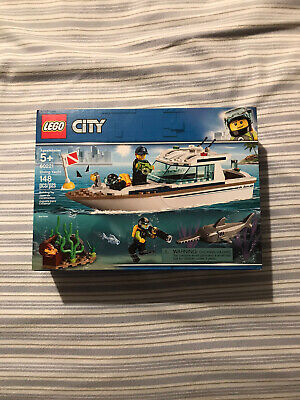 New 2019 LEGO City Great Vehicles Diving Yacht 60221 Building Kit 148 Piece