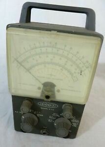 Vintage Heathkit V-7A Vacuum Tube Volt Meter VTVM For PArts or Repair Untested
