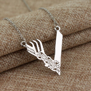 NEW-V-Celtic-Pendant-Charm-Gold-Silver-Vikings-Sea-Son-Necklace-Chain-Jewelry