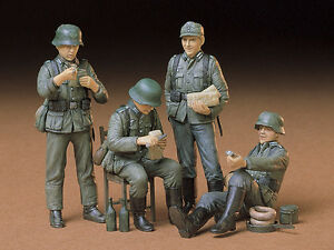 Details about Tamiya 35129 1/35 Scale Military Figure Model Kit WWII German  Soldiers at Rest
