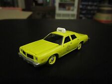 Johnny Lightning 1977 Dodge Monaco Taxi Bacon DC Cab Co. Mr. T 1:64 S Scale