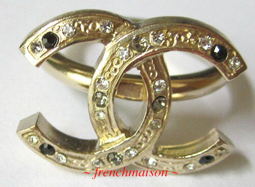 AUTHENTIC CHANEL CC Logo Ring Gold Crystal Classic New SOLD-OUT Rare