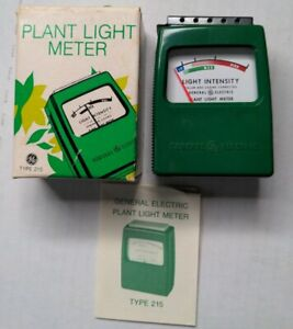 Vintage General Electric plant Light Meter type 215 with box and instructions