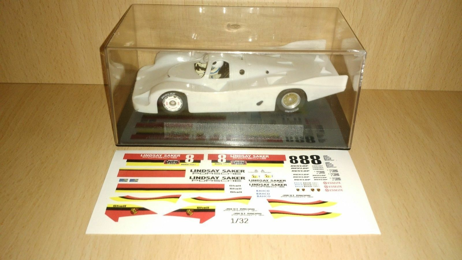 Scalextric slot it porsche 956 whit kit to decorate SIC02Z  LINDSAY SAKER