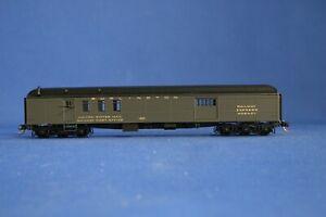N-SCALE MICRO-TRAINS #148 00 030 70' MAIL BAGGAGE CAR, BURLINGTON #1923- Used