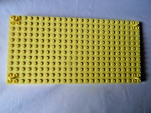 LEGO 47116 BRIGHT LIGHT YELLOW 12 x 24 MODIFIED BRICK WITH PEG AT EACH CORNER