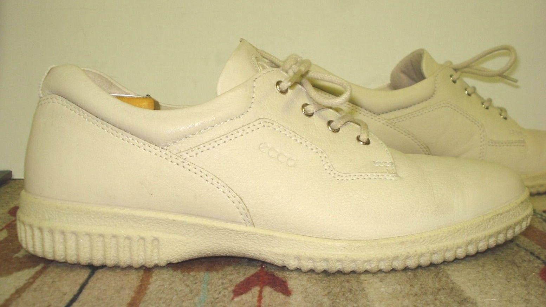 Women's ECCO Ivory Leather Casual Cool Walker/Sneaker Sz. 10.5M MINTY!