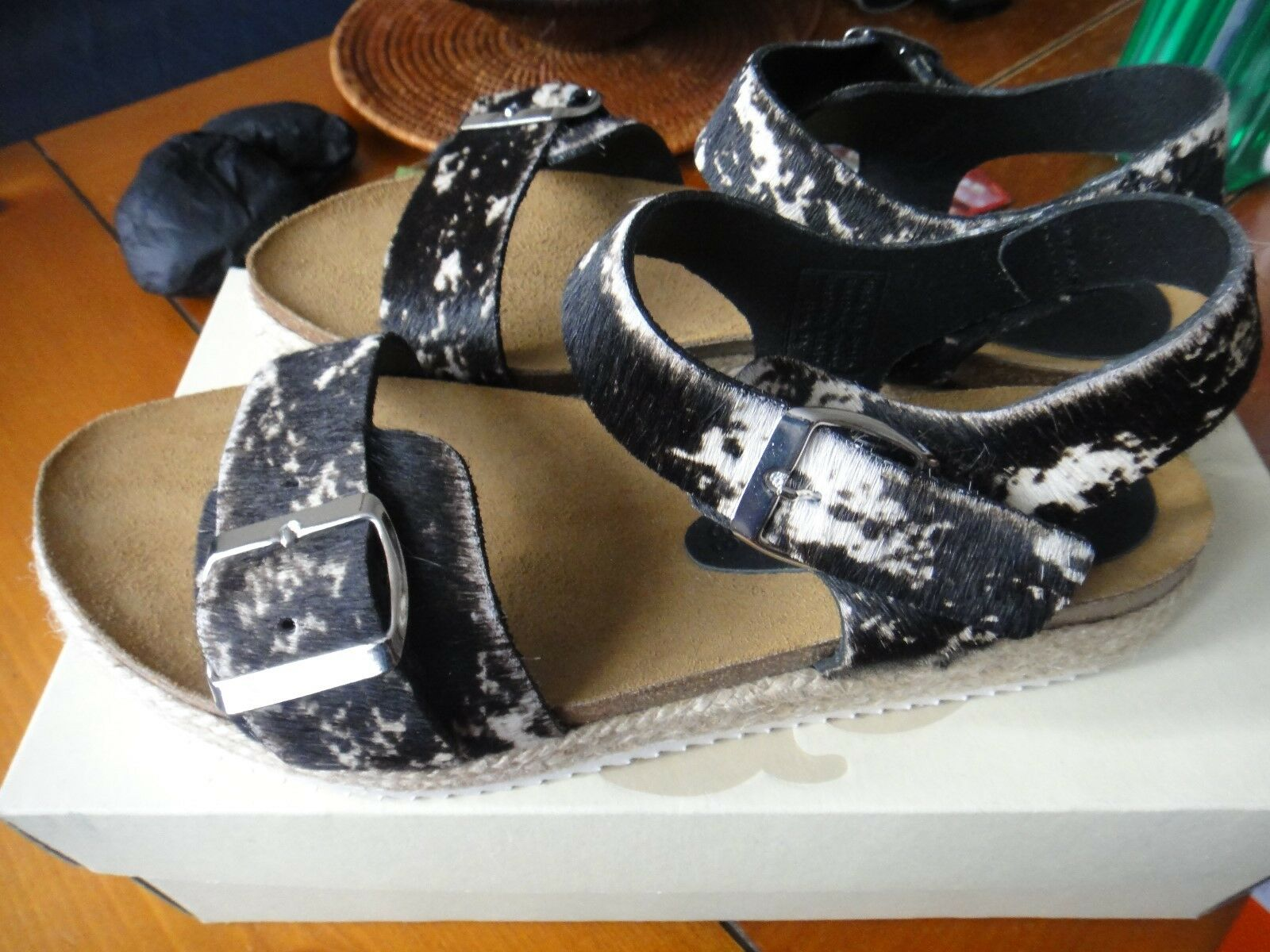 Seven Boot Lane Fennel Appaloosa Print Sandals Size 5 (38) RARE