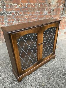 GLASS-FRONTED-TWO-DOOR-OAK-REPRODUCTION-BOOKCASE-LEAD-GLASS-DISPLAY-CABINET