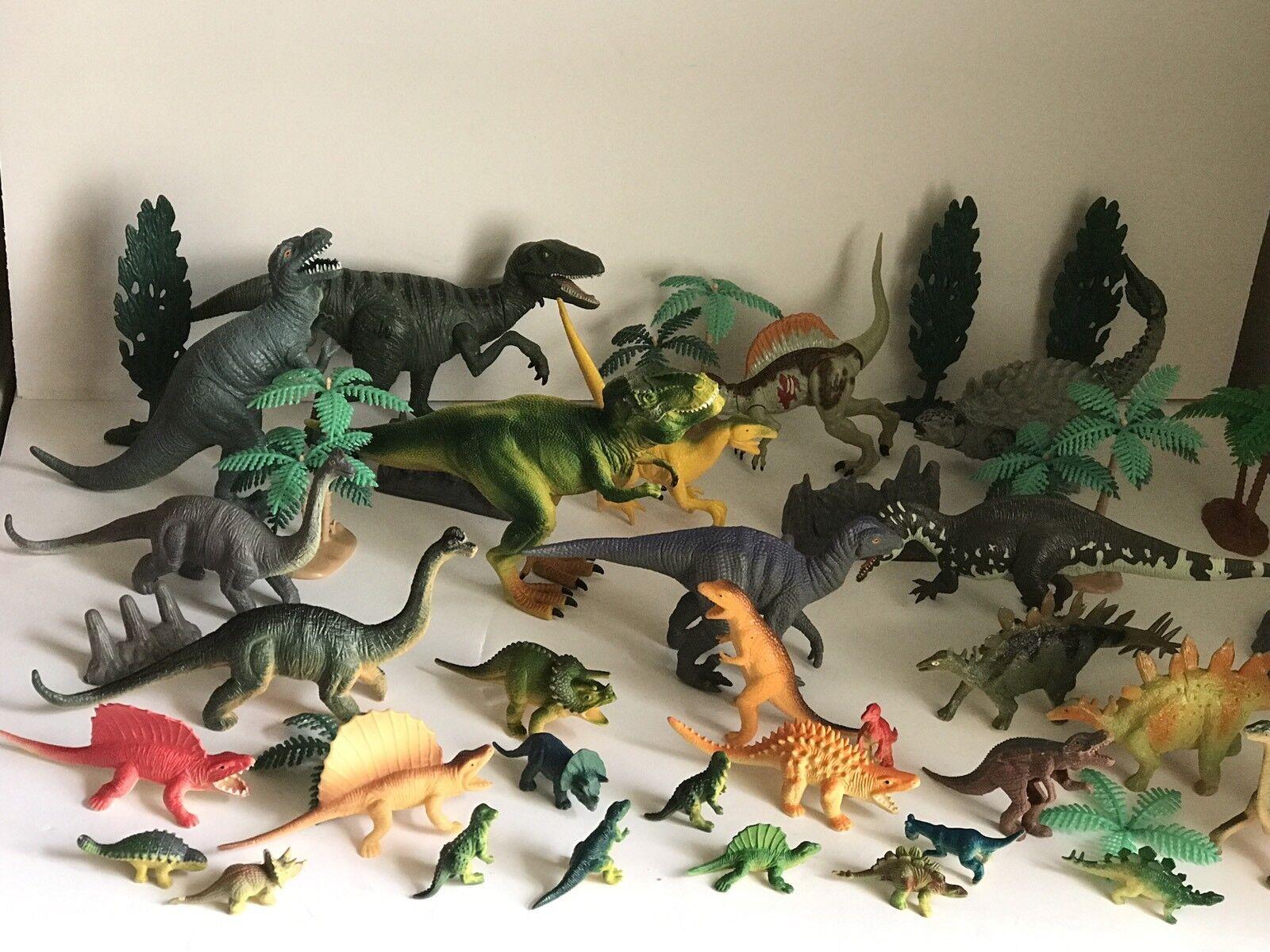 29 Dinosaurs Plastic Play Figures Collection T Rex Velociraptor Jurassic Park