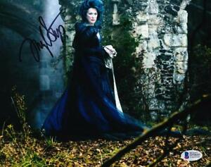 MERYL-STREEP-SIGNED-8X10-PHOTO-AUTHENTIC-AUTOGRAPH-INTO-THE-WOODS-BECKETT-COA-A