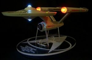 acrylic-display-stand-for-Diamond-Select-Star-Trek-Enterprise-NCC-1701-variants
