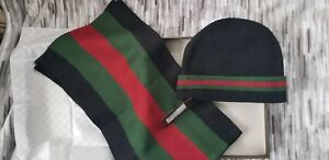 7a5bab68d9b Image is loading Gucci-Black-Classic-Stripes-Hat-And-Scarf-Set-