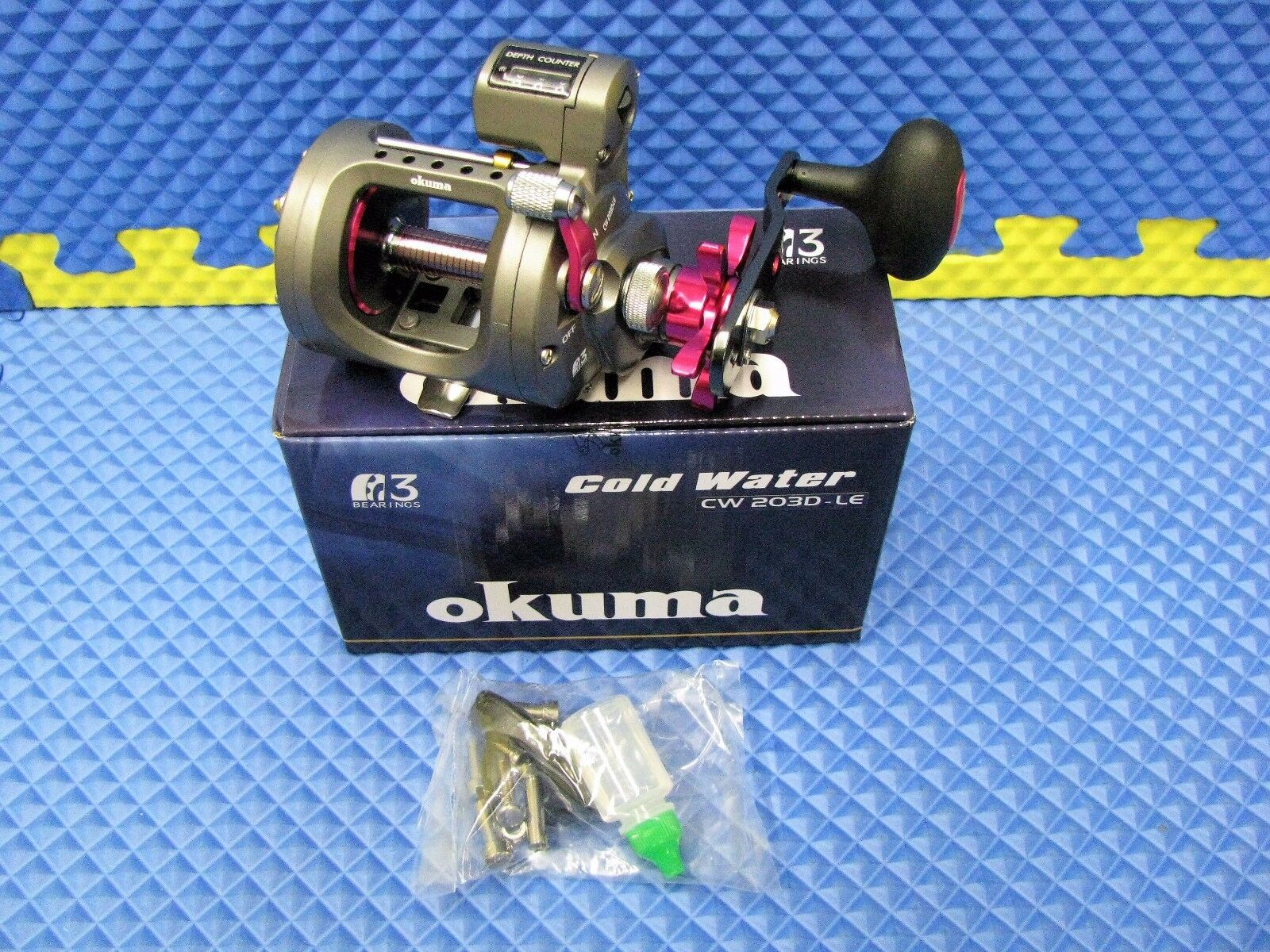 Okuma  Cold Water Trolling Line Counter Reel Ladies Edition CW-203D-LE  clients first reputation first