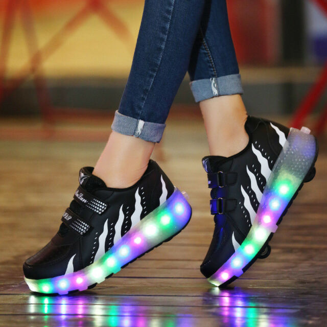 Kids 2 Wheels Jazzy Junior Girls Boys Light LED Shoes Roller Skate outlet pictures sale from china cheap sale shop offer Yu0SpJb