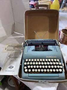 Smith-Corona Turquoise/Blue Silent~Super Portable Typewriter w/Case & Manual