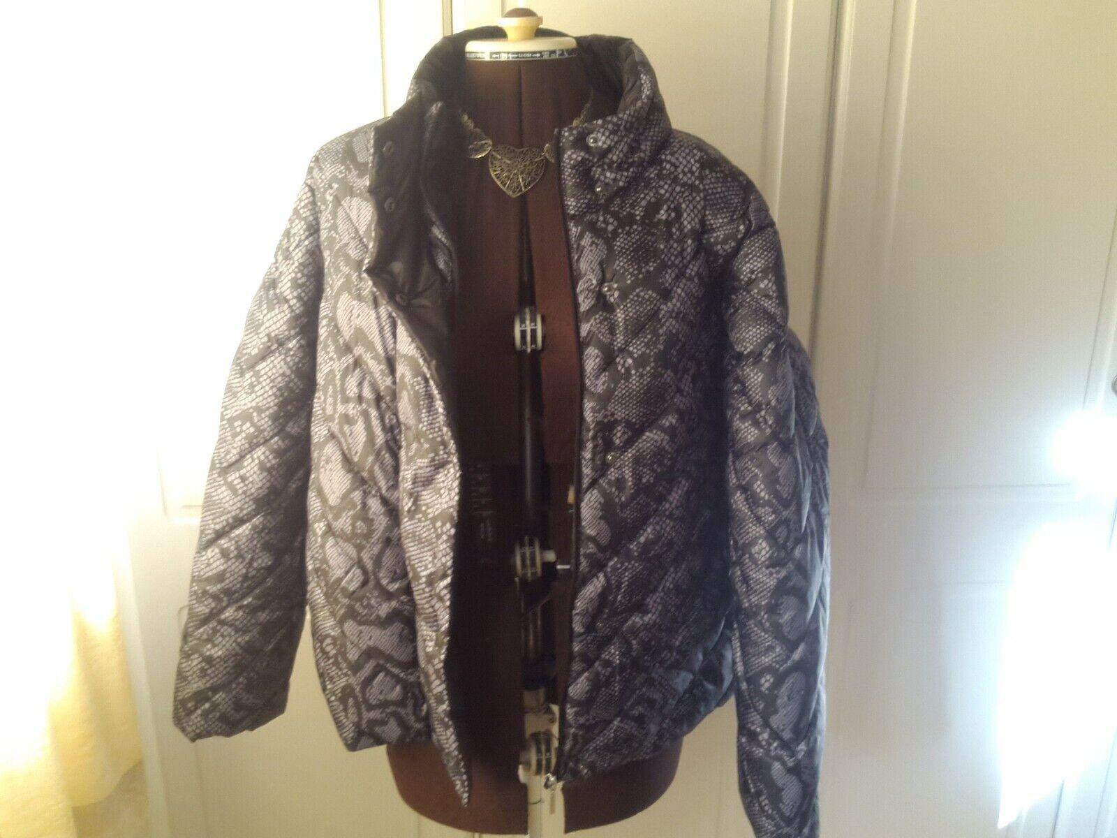 BNWOT super light snake print padded jacket from Principles - size 20