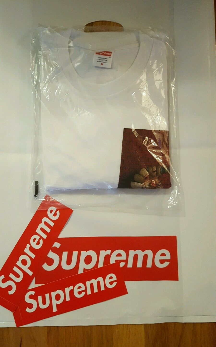 Supreme SS17  White Mike Hill Snake Trap L S  Tee - Size  Medium