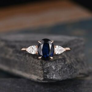 2-20Ct-Oval-Cut-Blue-Sapphire-Three-Stone-Engagement-Ring-14K-Rose-Gold-Finish