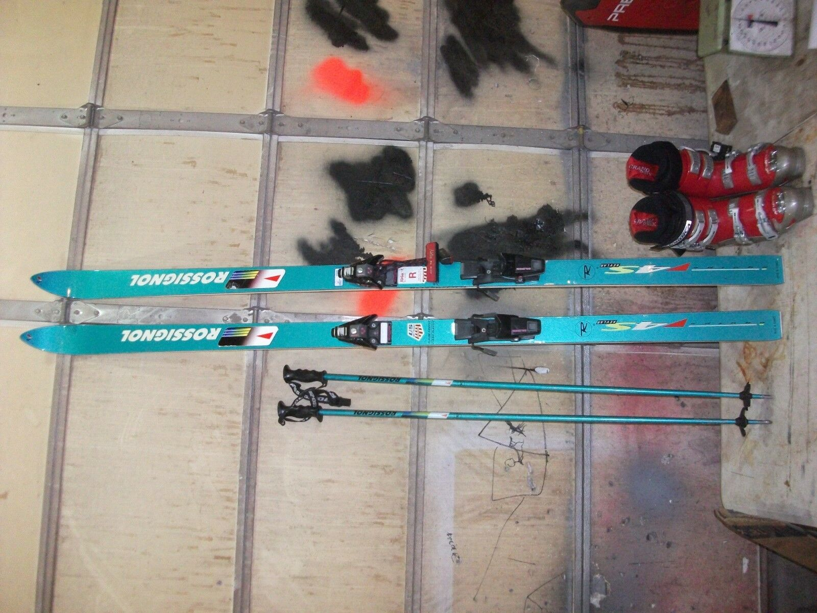 Rossignol Equipe 4s Poles Bindings Skis Ski  Slalom nordica boots 28.0