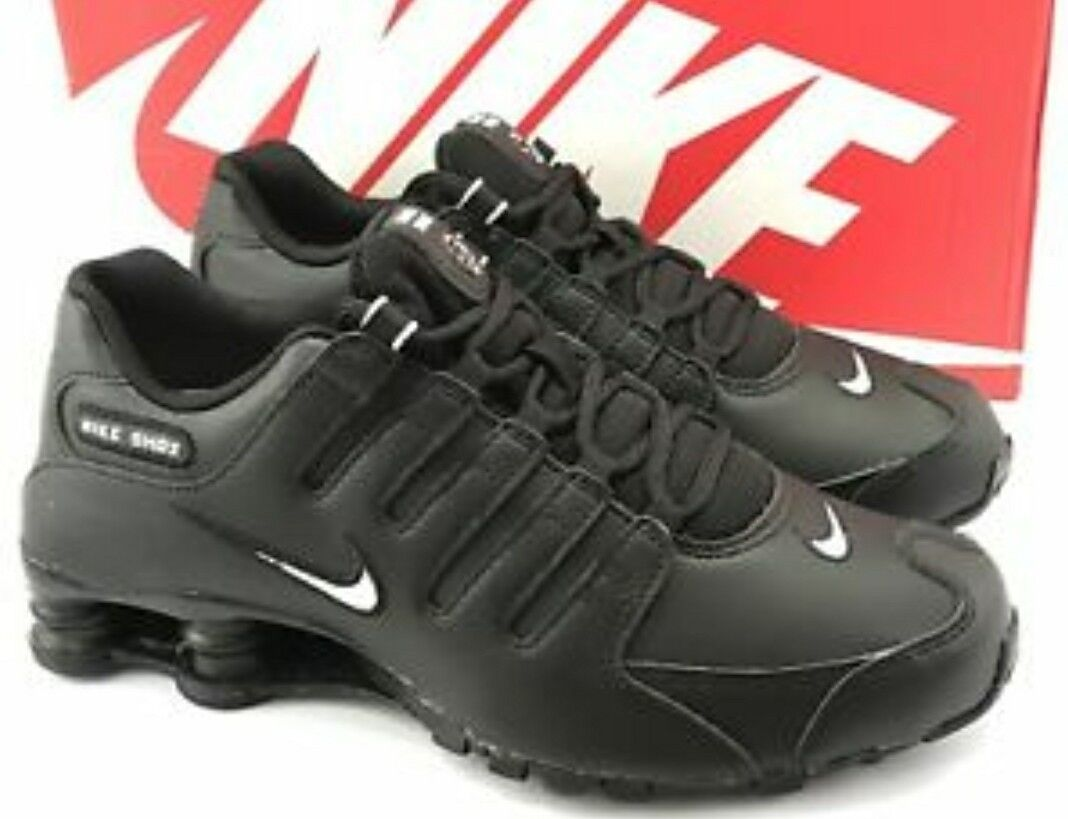 Mens Nike Shox NZ Size 10 Black leather White logo