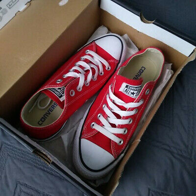 RED CONVERSE All Star Chuck Taylor Low
