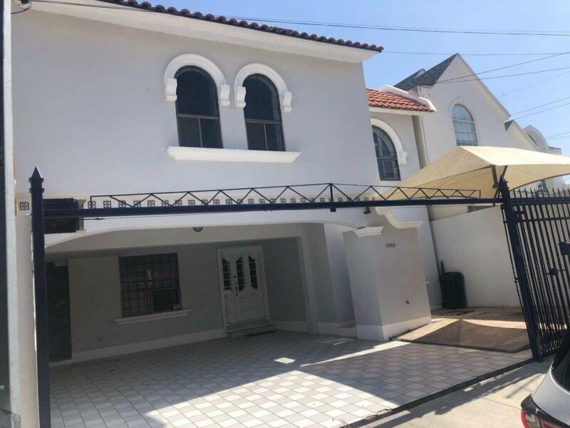 Casa en venta Fracc privado Campanario 3375000