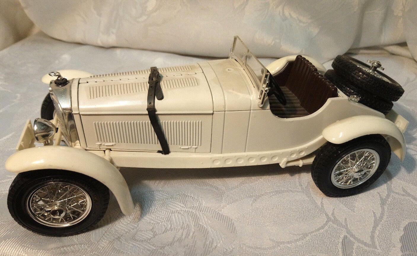 BURAGO modello di auto 1 18 MERCEDES-BENZ SSKL 1931 MADE IN ITALY