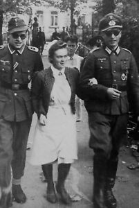 WWII-photo-sisters-of-the-German-Red-Cross-lead-the-Wehrmacht-military-war-29w