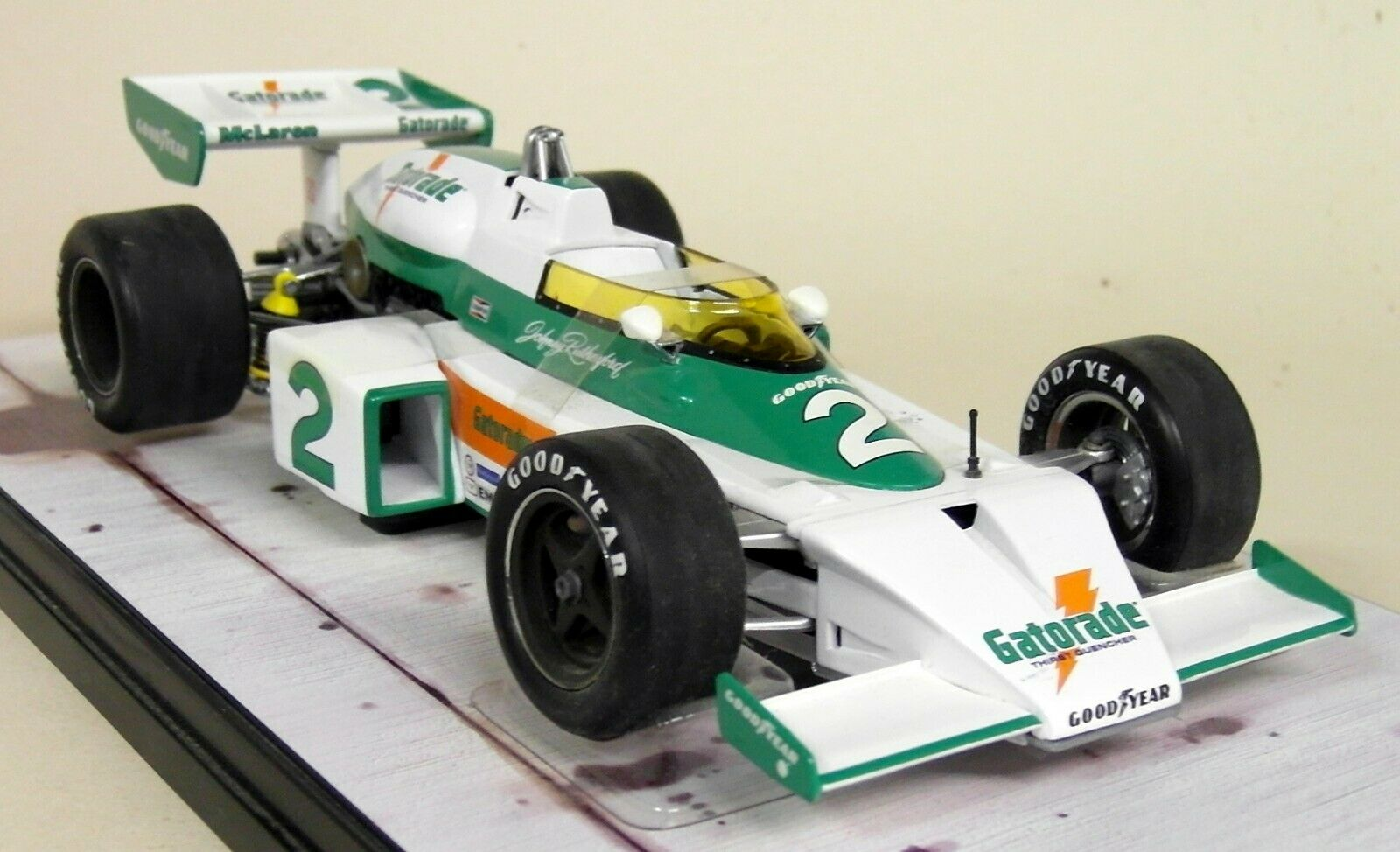 Carousel 1 1 18 Scale 4803 McLaren M16 1975 Indianapolis 500 Johnny Rutherford