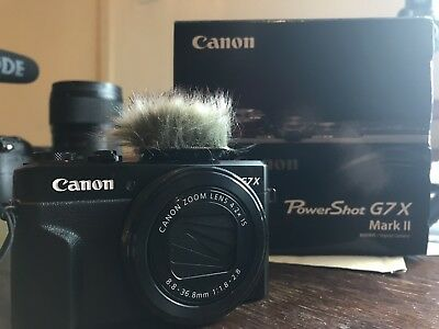 Canon G7X mkii. Compact Vlogging Camera + Micro Muff And Spare Battery