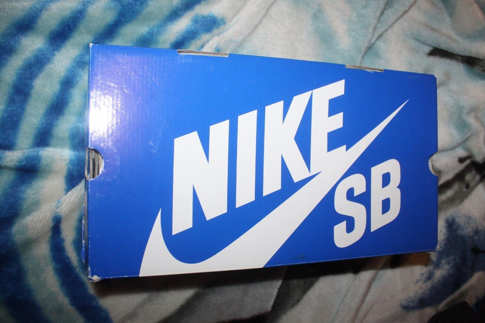 Nike SB bluee Lobster Size 9.5