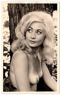 Blondie nackt