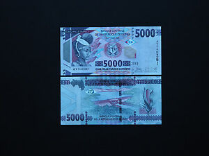Kazakhstan Banknotes Brilliant set of two 200 /& 500 Tenge Top colour  MINT UNC