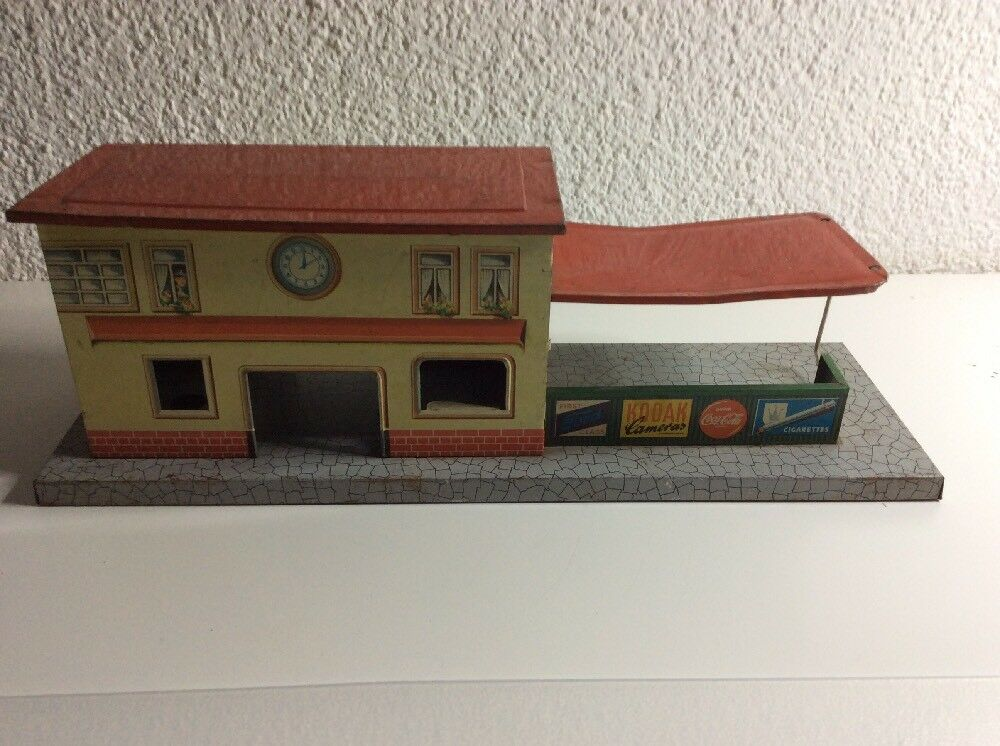 Modelleisenbahn Alter Blech Bahnhof   Made In West Germany  | Zürich Online Shop