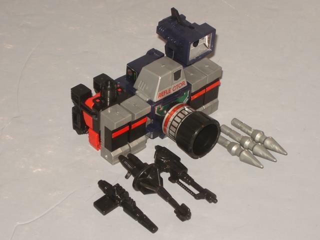G1 TRANSFORMER MAIL AWAY REFLECTOR COMPLETE   4  ORIGINAL  CLEANED  LOTS OF PICS