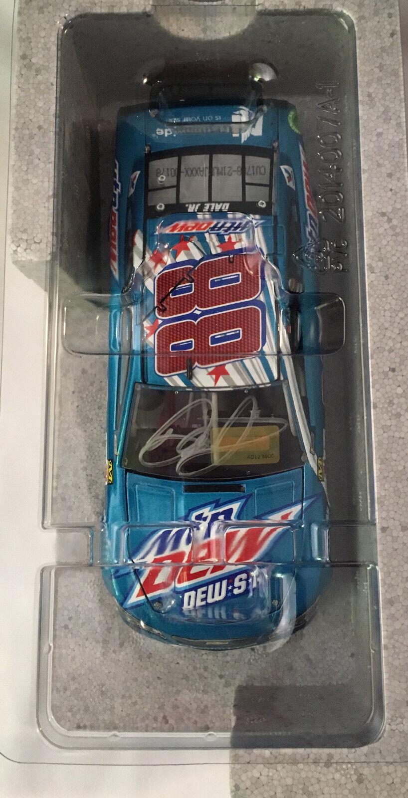 Auto Dale Earnhardt Jr Autografiada 2017 Mountain Dew S a 1 24