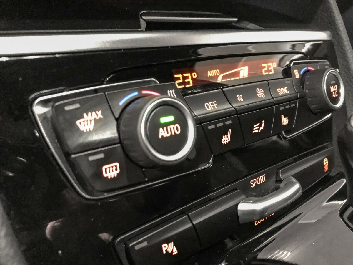 BMW 220d Active Tourer xDrive aut.
