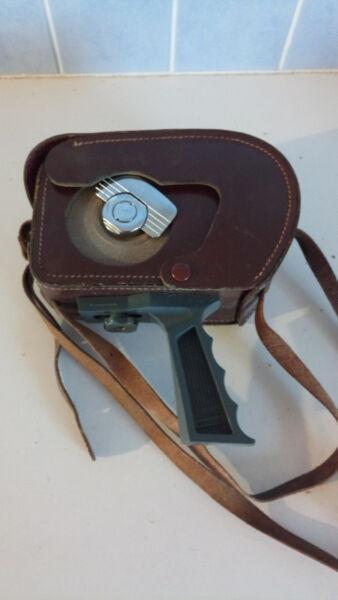 100% De Qualité Camera Kodak Brownie Model Ii En Assez Bon Etat Et Fonctionnelle Avec Sac