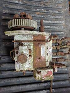 Vintage Pompe à Carburant International Peut-être?-afficher Le Titre D'origine MatéRiaux De Choix