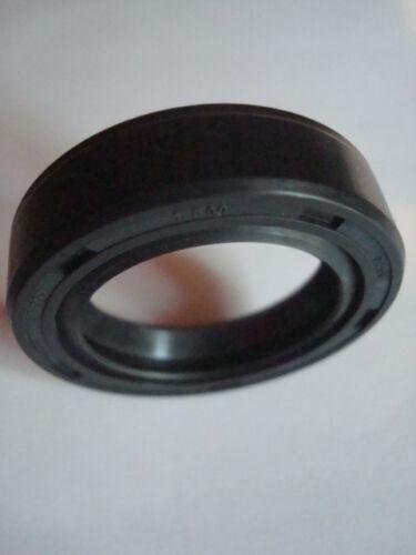 2 Tiller Wheel Axle Seals GW9621 49051 921-04031 seal Troybilt Horse 9621