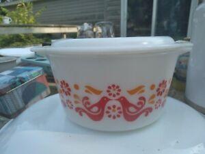 Vintage MCM Mid Century Pyrex Friendship Red Birds 473 1 Qt Casserole Dish & Lid