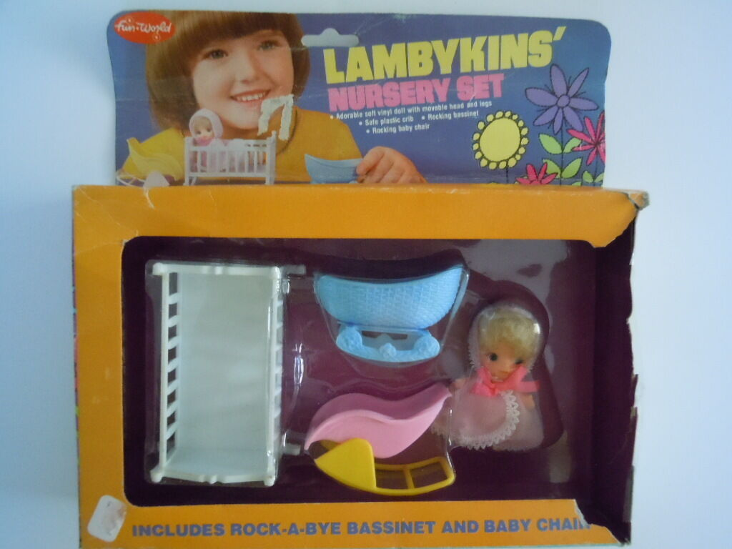 SUPER RARE SET   1970'S ERA FUN WORLD NURSERY SET    LAMBYKINS