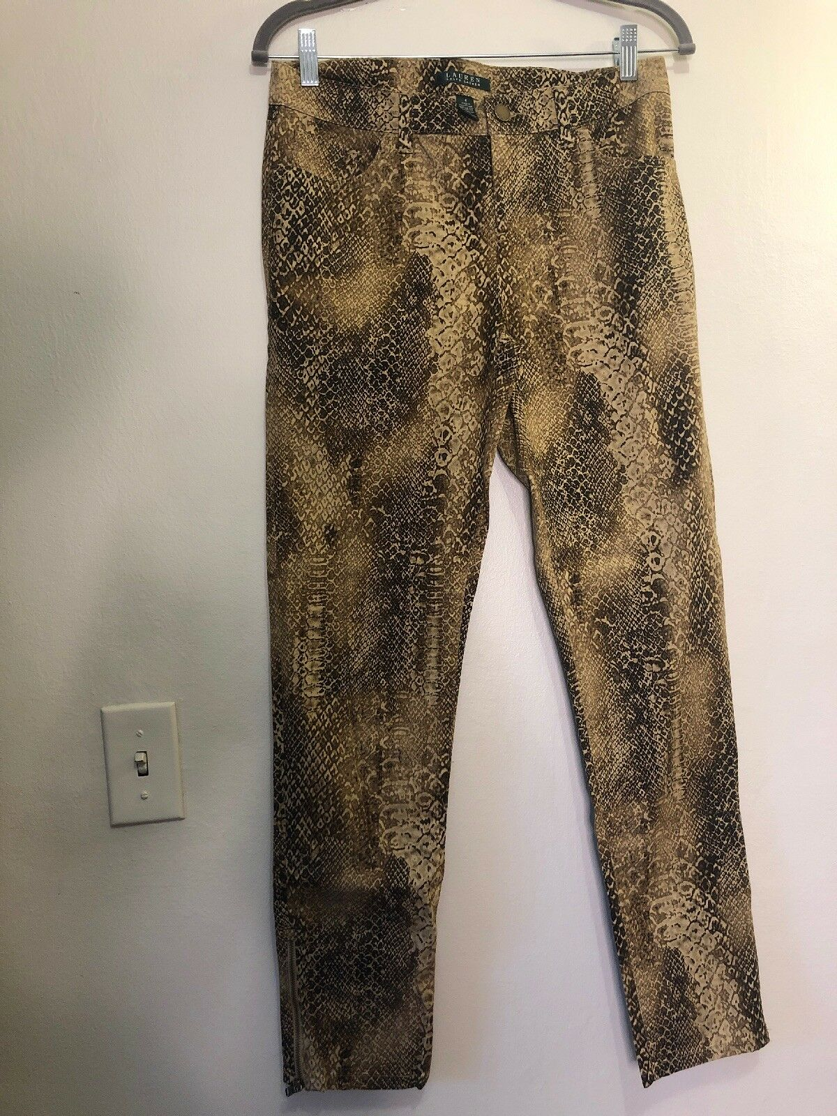 Polo ralph lauren Womens Size 4 Snake Skin Pattern Zip Up Leg