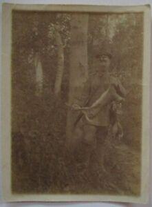 German-Soldier-on-The-Hunting-With-Booty-Rabbit-Photo-69174