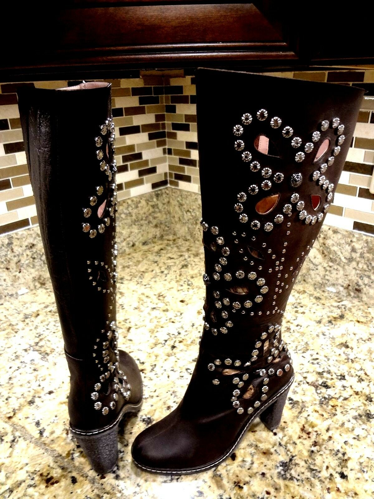 SIZE US N.Y.L.A 7 M BUTTERFLY  N.Y.L.A US TIARA Donna GALS BROWN LEATHER BOOTS FLORAL STUDS 6bc2c1