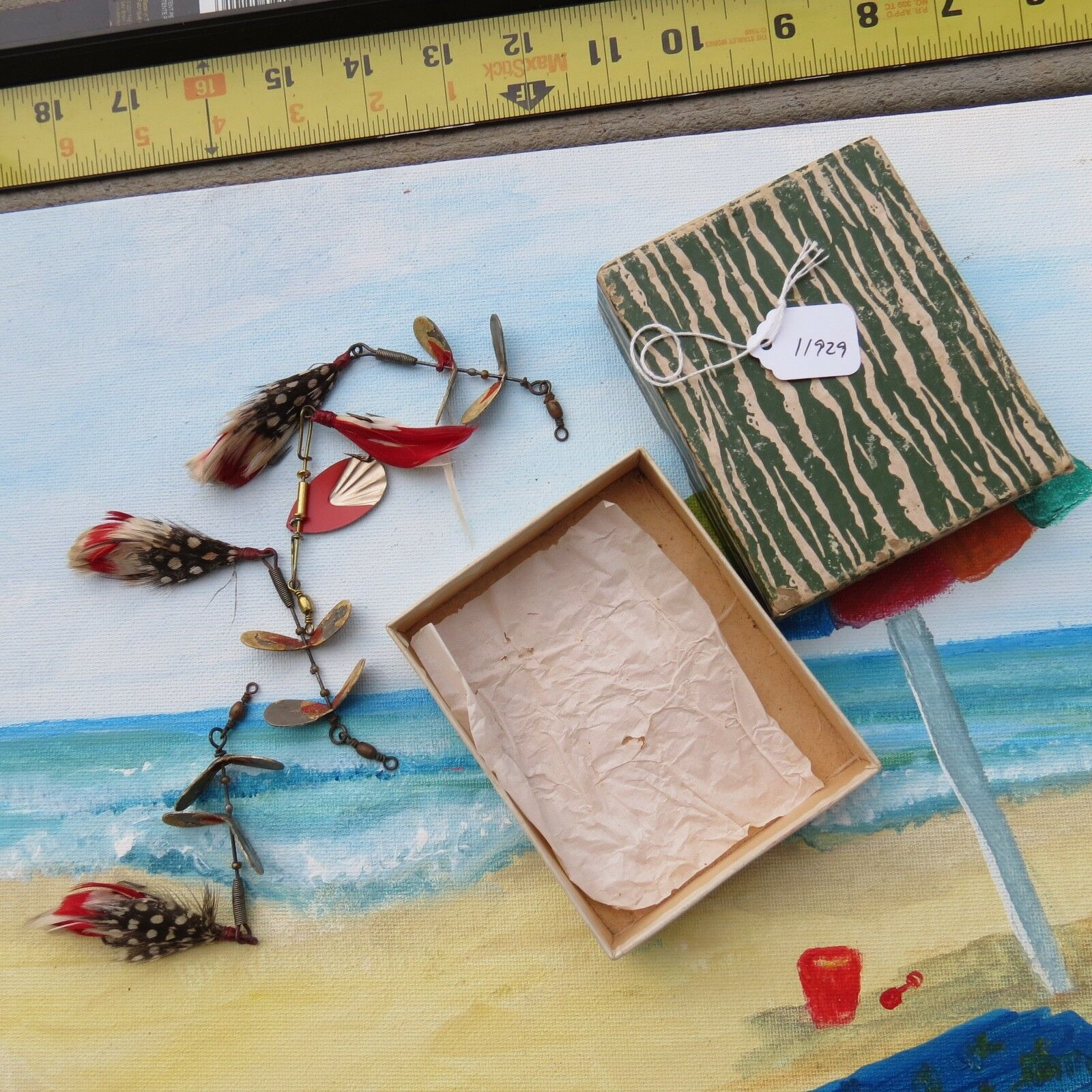 Antique Fishing lures Portage Box with Tandem Fishing lure spinners (11929)