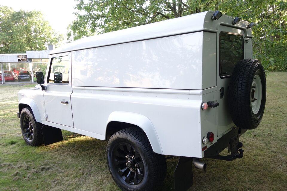 Land Rover Defender 110 2,2 TD Chassis Cab Diesel modelår