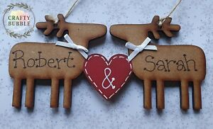 Large-6-034-hanging-decoration-plaque-reindeer-christmas-couple-personalised