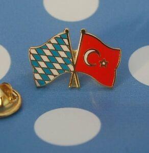 Freundschaftspin-Bayern-Tuerkei-Pin-Badge-Button-Anstecker-Anstecknadel-Sticker
